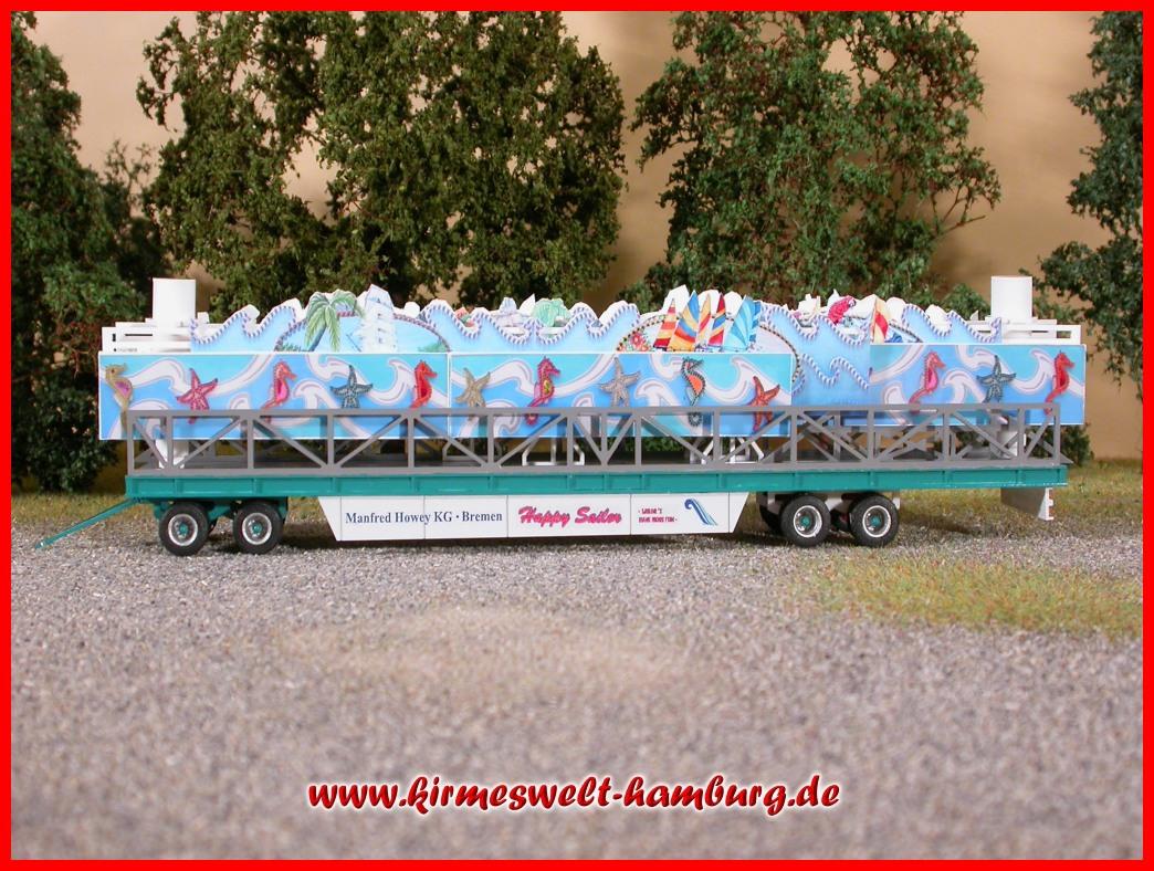 Kirmeswelt hamburg de neuheit mittelbauwagen happy for Wohncontainer bausatz